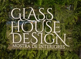 Arquitetos Glass House Design